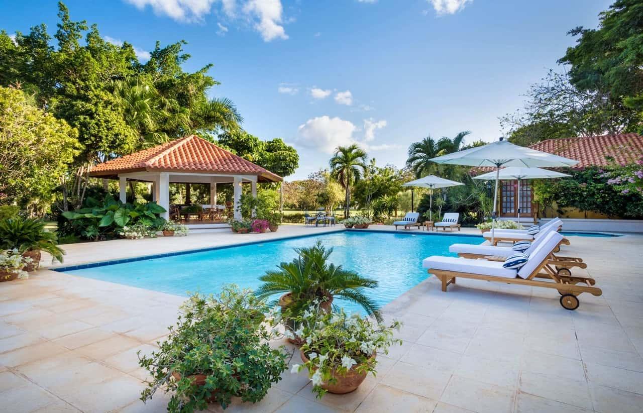 Villa cacique 28 la romana caribbean villa retreats for Casa de campo villas